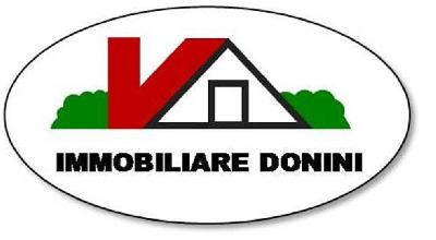 Immobiliare donini for Campo sportivo seminterrato